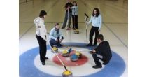 Technik und Taktik des Curlingsports kennenlernen
