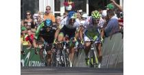 Tour de Suisse: Durchfahrt durch Brunnen und Schwyz