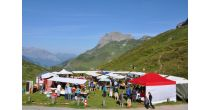 Market on the Oberalp-Pass