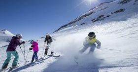 Forfait famille, abonnement de ski inclus