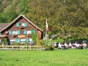 Chalbsmetzgete im Restaurant Burg Strahlegg