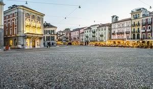Piazza Grande, der pulsierende Treffpunkt von Locarno.