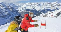 Skiing like the Lauberhorn ski racers