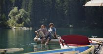 Momenti romantici al lago