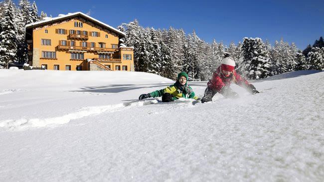 hotel chesa spuondas st moritz schweiz tourismus. Black Bedroom Furniture Sets. Home Design Ideas