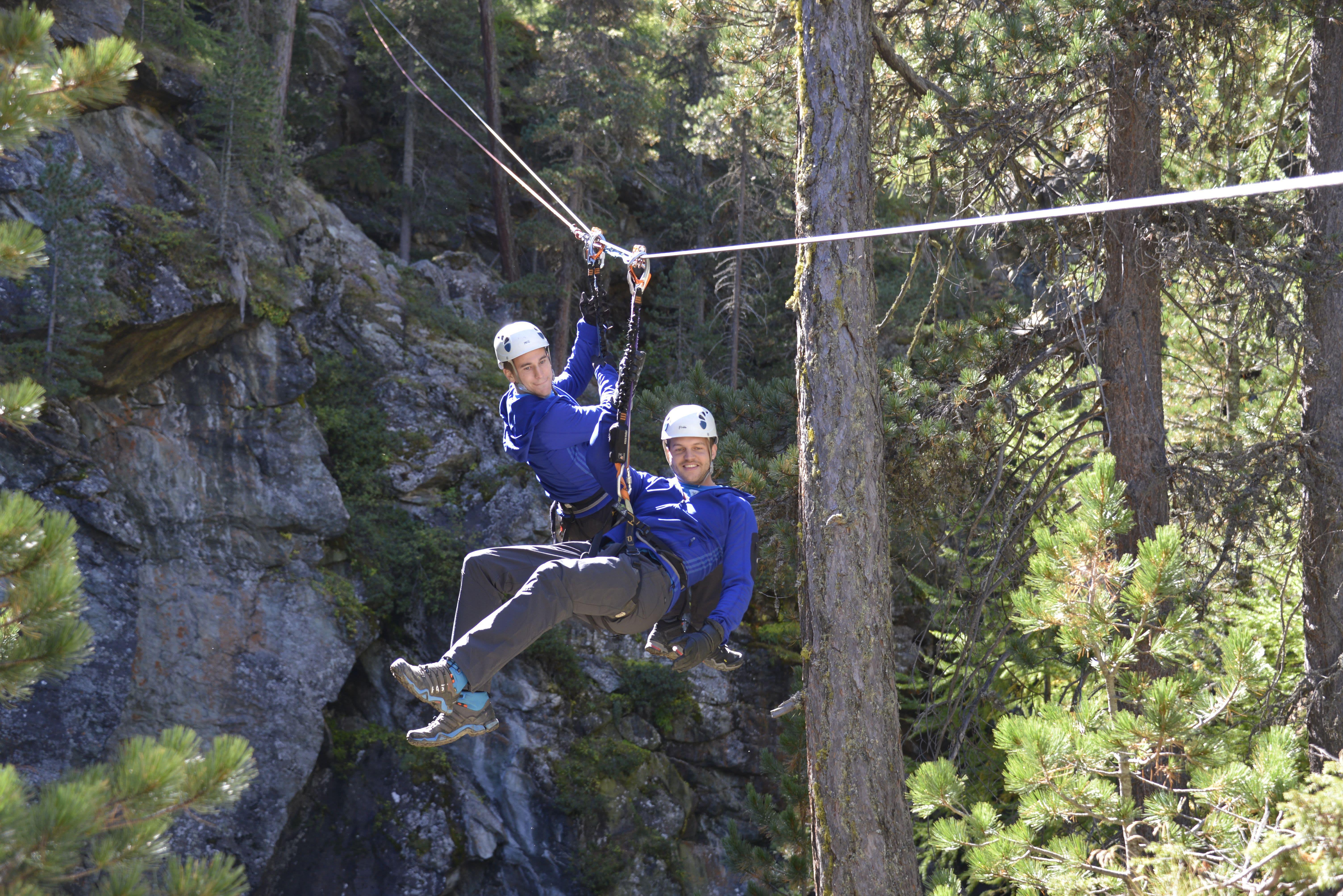 Klettersteig Wallis : Dynamischer klettersteig gornerschlucht schweiz tourismus