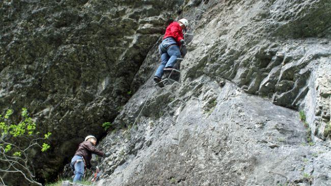 Klettergurt Abseilen : Sommer ferienprogramm felspfad mit abseilen muotathal schweiz